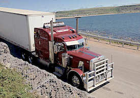 Peterbilt 379, Dry Van, Enclosed, Vehicle, Moving, Freight, Cross Dock, Auto Transport